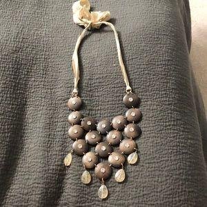 Stella and dot bib necklace